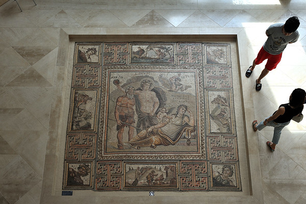 Roman mosaic depicting Dionysos' discovery of Ariadne on Naxos, prob. from Syria, 3rd to 4th c. AD