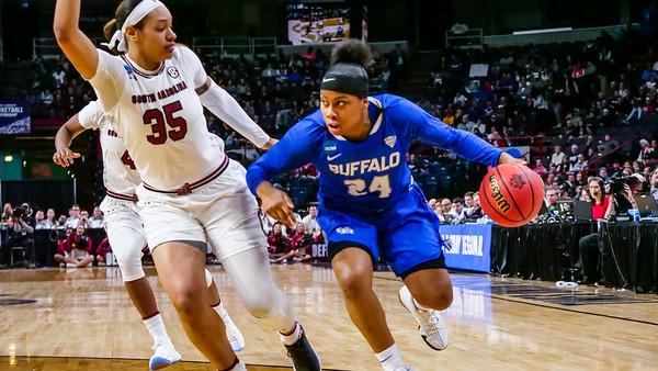 180096AO, Athletics, Womens Basketball v. South Carolina, NCAA Tournament, sweet 16, Albany