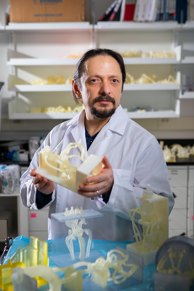 Work in the lab of Ciprian Ionita, biomedicial engineering in CTRC.<br /> <br /> Photographer: Douglas Levere