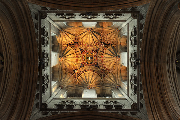 Fan vaulting of the crossing