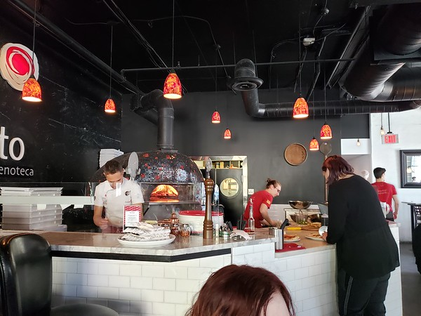 Authentic Pizzaria!