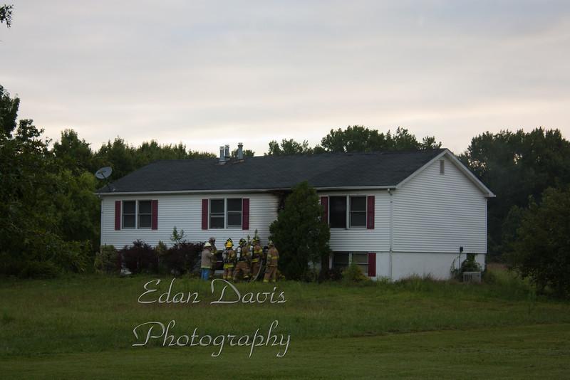 08-16-2011, Dwelling, Oldmans Twp  132 Perkintown Rd  (C) Edan Davis, SJFIRENEWS com