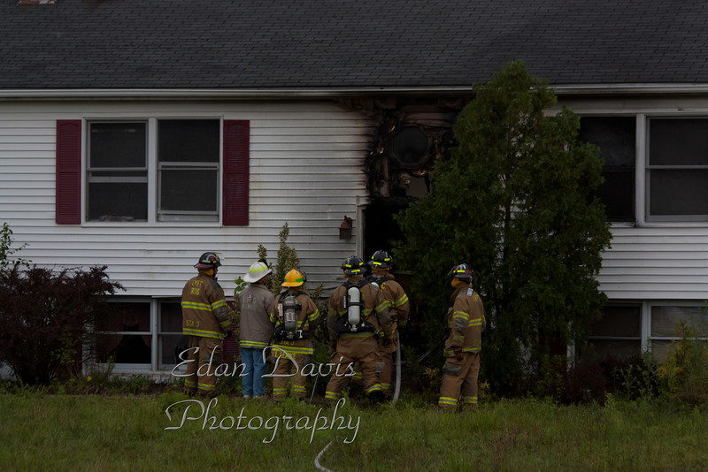 08-16-2011, Dwelling, Oldmans Twp  132 Perkintown Rd  (C) Edan Davis, SJFIRENEWS com  (2)