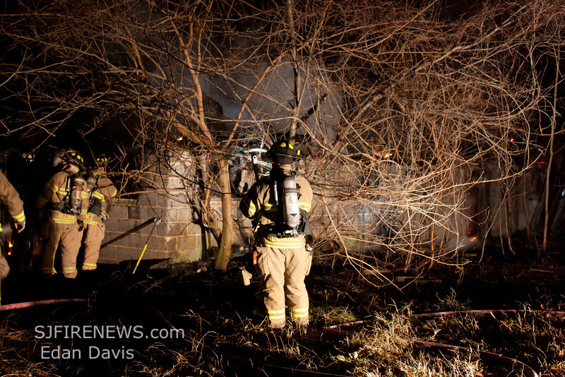 12-22-2011, All Hands Building, Woolwich Twp  Gloucester County, Kings Hwy  and Rainey Rd  (C) Edan Davis, sjfirenews com (1)