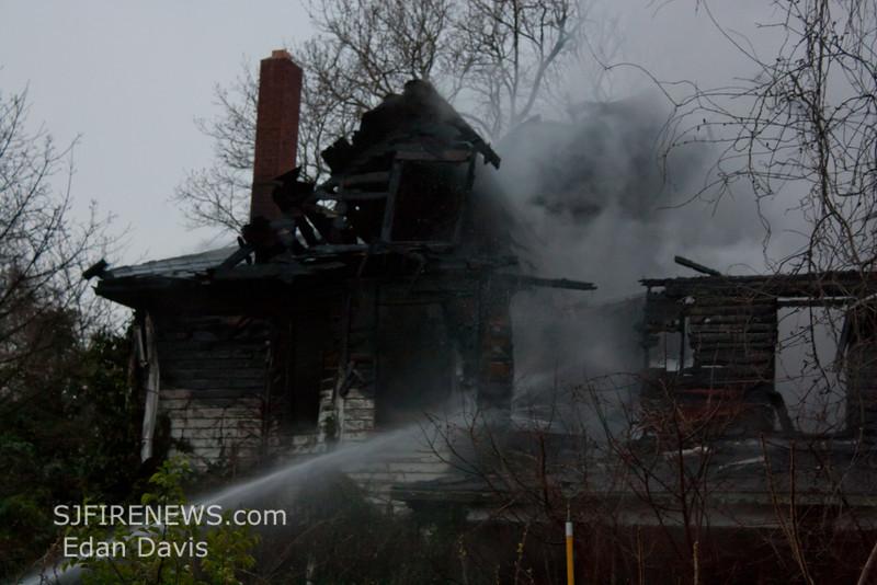 04-01-2012, Dwelling, Woolwich Twp, Kings Hwy, (C) Edan Davis, www sjfirenews com (14)