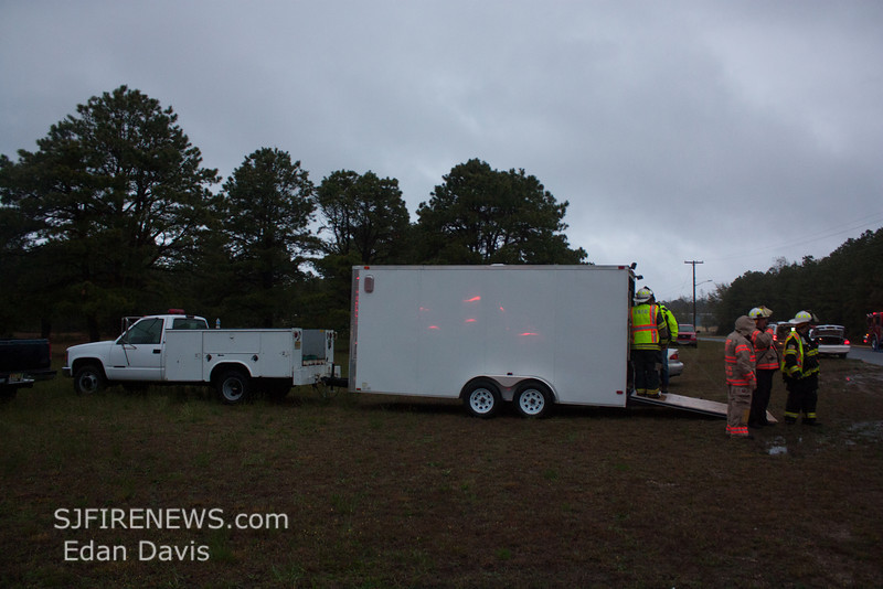 04-29-2013, Atlantic County Tanker Task Force Drill, (C) Edan Davis, www sjfirenews (16)