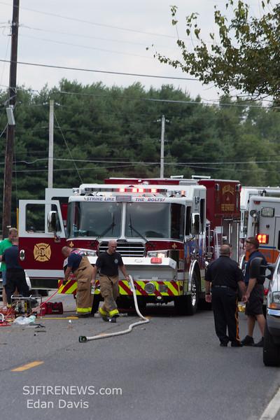 08-27-2013, MVC, Millville, Cedar St  (C) Edan Davis, www sjfirenews (6)