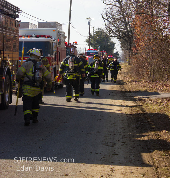 01-18-2014, All Hands Dwelling, Buena Borough, 219 Cedar Lake Rd  (C) Edan Davis , www sjfirenews (22)