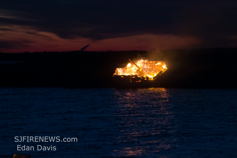 07-05-2014, Vessel Fire, Lawrence Twp  Bay Point Rd  (C) Edan Davis, www sjfirenews com  (1)