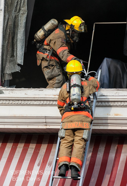 07-29-2015, 4 Alarm Commercial Structure, 19 N  High St  Millville, (C) Edan Davis, www sjfirenews (57)