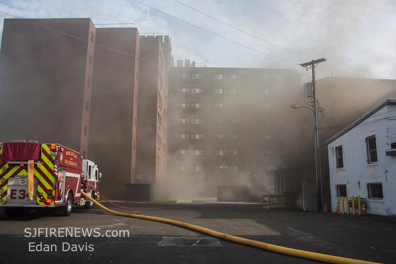 07-29-2015, 4 Alarm Commercial Structure, 19 N  High St  Millville, (C) Edan Davis, www sjfirenews (105)