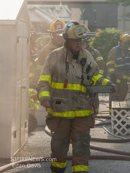 07-29-2015, 4 Alarm Commercial Structure, 19 N  High St  Millville, (C) Edan Davis, www sjfirenews (39)