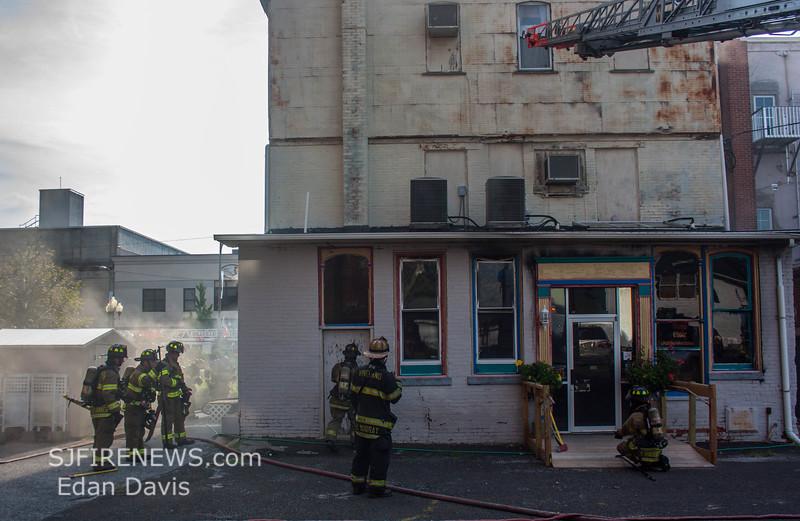07-29-2015, 4 Alarm Commercial Structure, 19 N  High St  Millville, (C) Edan Davis, www sjfirenews (112)