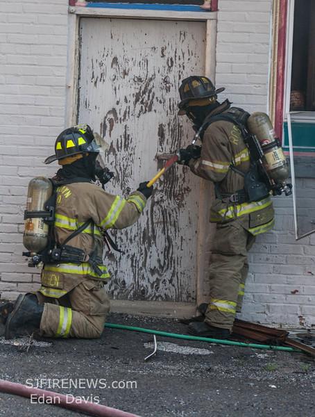 07-29-2015, 4 Alarm Commercial Structure, 19 N  High St  Millville, (C) Edan Davis, www sjfirenews (27)
