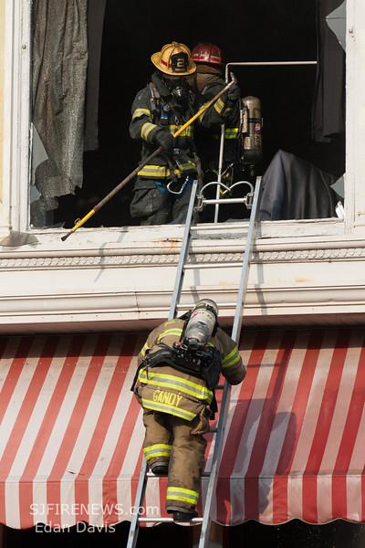 07-29-2015, 4 Alarm Commercial Structure, 19 N  High St  Millville, (C) Edan Davis, www sjfirenews (54)