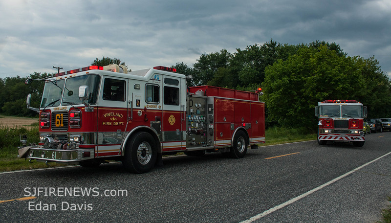 08-09-2015, Vehicle, Vineland, Hance Bridge Rd  (C) Edan Davis, www sjfirenews (3)