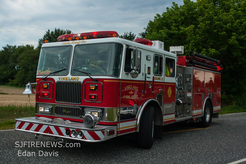 08-09-2015, Vehicle, Vineland, Hance Bridge Rd  (C) Edan Davis, www sjfirenews (4)