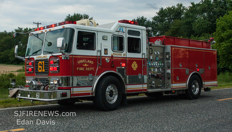 08-09-2015, Vehicle, Vineland, Hance Bridge Rd  (C) Edan Davis, www sjfirenews (2)