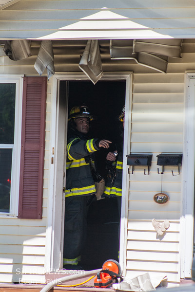 08-22-2015, All Hands Dwelling, Vineland, 605 N  West Ave  (C) Edan Davis, www sjfirenews com  (11)