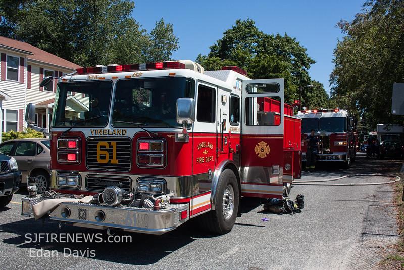 08-22-2015, All Hands Dwelling, Vineland, 605 N  West Ave  (C) Edan Davis, www sjfirenews com  (6)