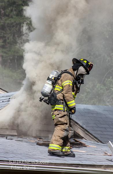 08-23-2015, 2 Alarm Dwelling, Maurice River Twp   5378 Rt  49, (C) Edan Davis, www sjfirenews com  (36)
