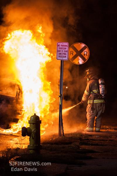 09-24-2015, Vehicle, Millville City, N 4th St  and E Mulberry St  (C) Edan Davis, www sjfirenews (13)