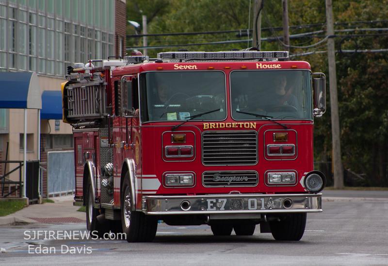 LZ, Bridgeton City, Irving Ave, Bridgeton Hosptial, (C) Edan Davis, www sjfirenews (11)