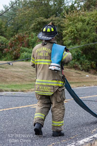 09-27-2015, MVC with Fire, Deerfield Twp  634 Vineland Ave  (C) Edan Davis, www sjfirenews (10)