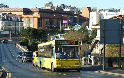 702 - FY52RZC - Bournemouth (Pier) - 11.1.14