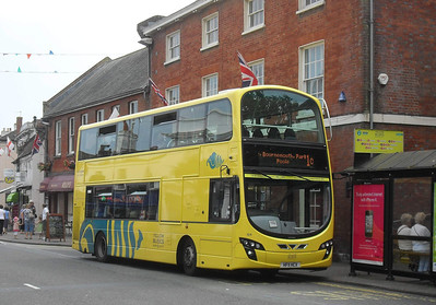 124 - HF11HCX - Christchurch (high street) - 28.7.11
