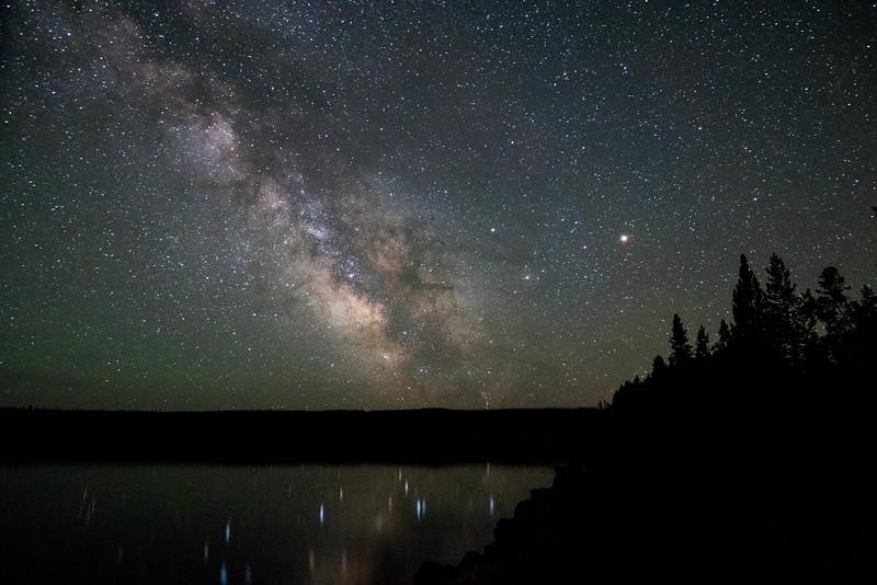 IMAGE: https://photos.smugmug.com/Yellowstone-2016/i-Mp5MLkw/0/L/ys%209-013-L.jpg