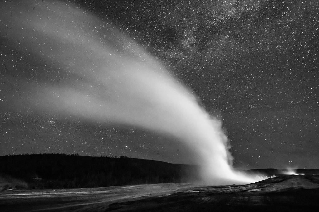 IMAGE: https://photos.smugmug.com/Yellowstone-2017/i-tLqWBCG/0/31e01f88/XL/Y05312017-3258-4-XL.jpg