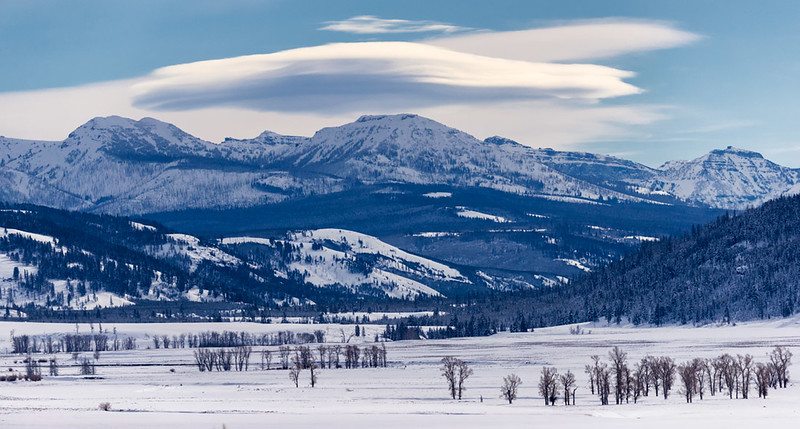 Lenticular Cloud, Lamar Valley view