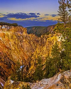Sunset over the Grand Canyon of the Yellowstone, Yellowstone National Park