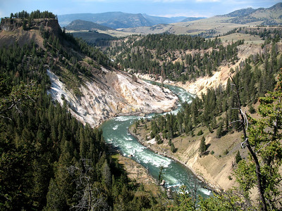 Jaw Dropping Awesomeness in Yellowstone National Park