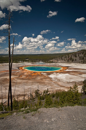 Vertical view of the Grand Prismatic Spring.