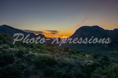 sunset on Chisos mountains_9395