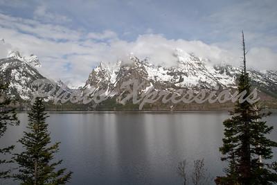 mountain lake view_2605
