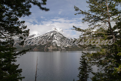mountain lake view_2609