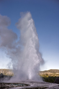 Old Faithful Geyser eruption.