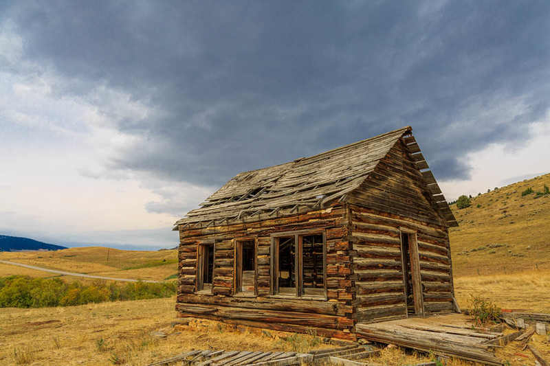 Old Montana cabin