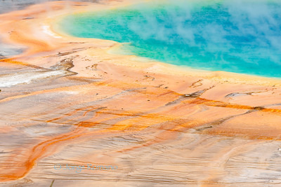 Grand Prismatic geothermal pool in Yellowstone.