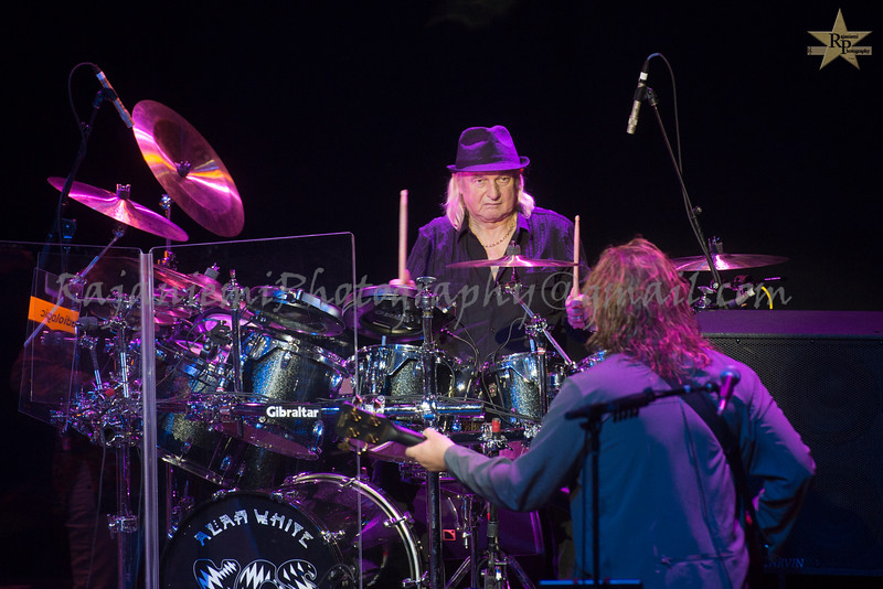 Alan White and Billy Sherwood