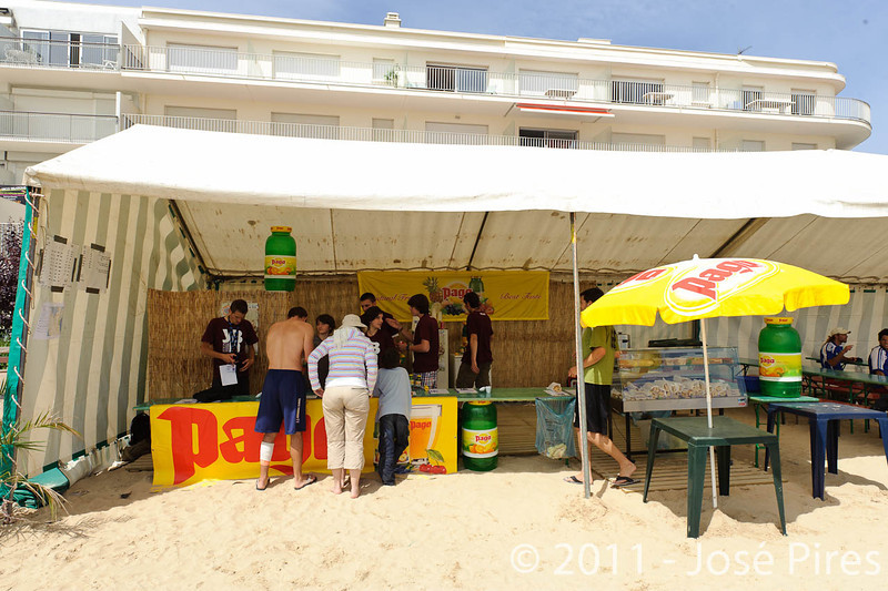 Yes But Nau 2011.<br /> The beach / La Plage<br /> PhotoID : 2011-06-11-0001
