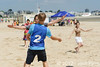 Rencontre d'ultimate UNSS/Frisbeurs Nantais. Dans le cadre du tournoi 'Yes But Nau'.<br /> Plage du Nau.  Le Pouliguen<br /> PhotoID : 2012-05-23-0017