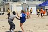 Rencontre d'ultimate UNSS/Frisbeurs Nantais. Dans le cadre du tournoi 'Yes But Nau'.<br /> Plage du Nau.  Le Pouliguen<br /> PhotoID : 2012-05-23-0020