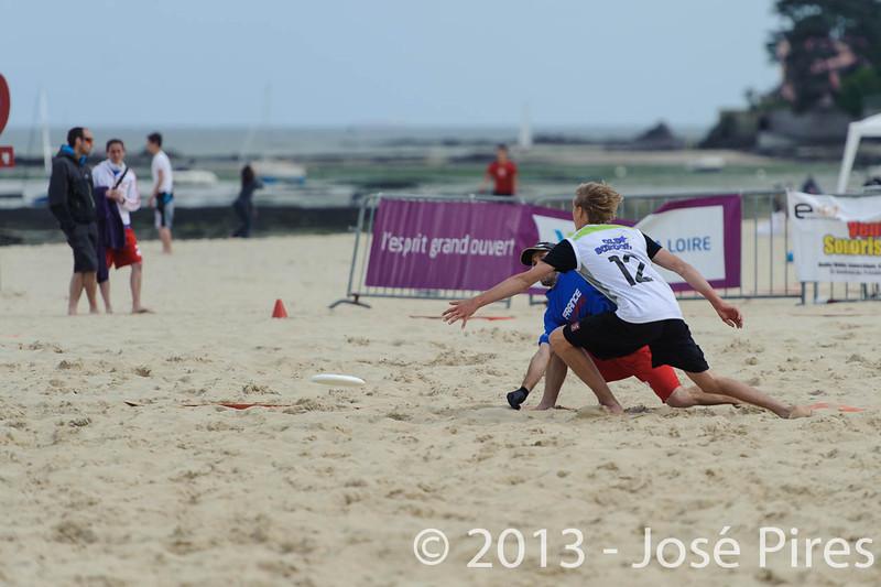Yes But Nau 2013. Le Pouliguen. France.<br /> Elite. OldSchool vs France Beach Open.<br /> PhotoID : 2013-05-18-0138