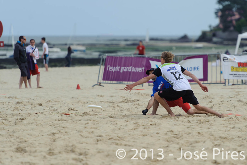 Yes But Nau 2013. Le Pouliguen. France.<br /> Elite. OldSchool vs France Beach Open.<br /> PhotoID : 2013-05-18-0138