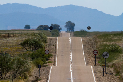 Limited passing opportunities, the road to Cabeza del Buey, Extremadura