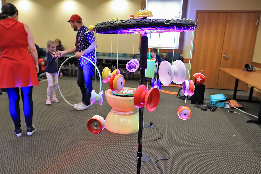 . The yo-yo duo of Rebecca and John Higby performed at the Leominster Public Library on Wednesday afternoon for packed room full of kids. They brought many different kids of yo-yo\'s to the show. SENTINEL & ENTERPRISE/JOHN LOVE